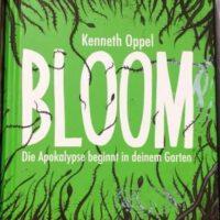 Grünes Buch mit dem Titel Bloom