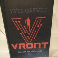 dunkles Buch mit orangener Schrift Titel: VRONT Autor: Yves Grevent